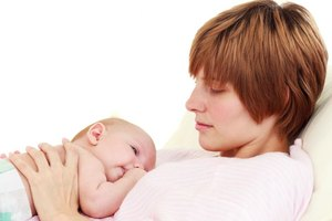 How to Treat Hives in Breastfeeding Moms