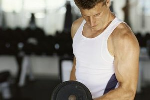 How to Breathe Correctly When Lifting Weights