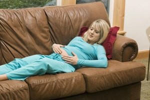 Signs and Symptoms of Yeast Infections in Late Pregnanc…