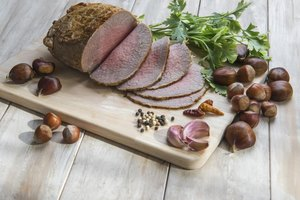 How to Microwave Top-Round Roast Beef