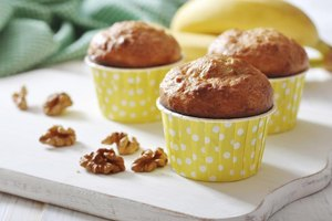 Calories in a Large Banana Nut Muffin