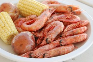 How to Cook a Low Country Crab & Shrimp Boil