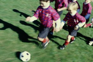 How to Explain the Offsides Rule to Kids Playing Soccer