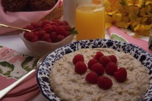 Healthy Ways to Flavor Oatmeal