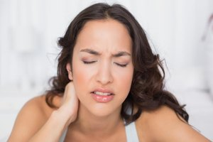 Magnesium Supplements & Knotted Muscles in the Neck