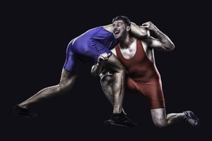 What Are the Advantages & Disadvantages of Wrestling?