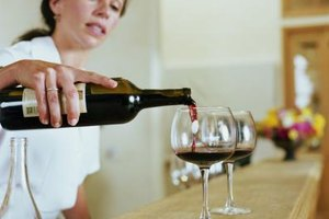 How Much Red Wine Do You Need to Drink for Health Benef…