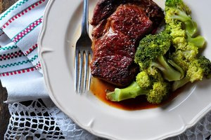 Does a Well-Done Steak Have the Same Nutrition as a Rar…