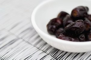 How to Cook Dried Prunes
