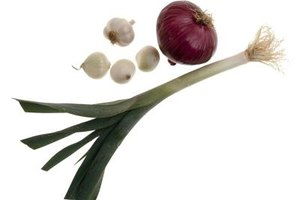 What Are the Health Benefits of Cooked Red Onions?