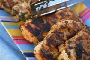 How to Pre-Bake Skinless Chicken Thighs Before Grilling