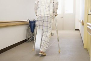 How to Lessen Arm Pain When Using Crutches