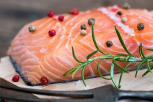 Foods to avoid to prevent gout livestrong com for Low purine fish