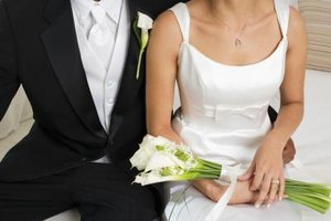 How to Put Boning in the Bodice of a Wedding Dress