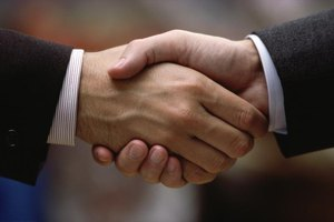 How to Write a Loan Agreement Between Friends