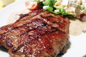 How to Cook a Rib-eye Steak on the Griddle