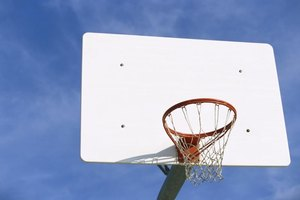 What is the Best Material For a Basketball Hoop Backgro…