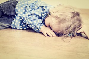 How to Deal With a Toddler Tantrum That Includes Vomiti…