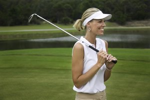 What Women Should Wear to Play Golf