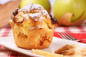 Calories in an Apple Muffin