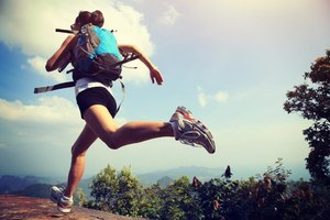 How to Run With a Backpack to Get in Shape