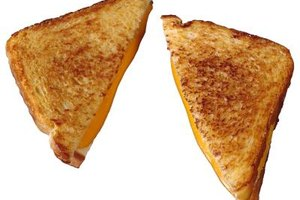 How to Make Grilled Cheese in a Conventional Oven