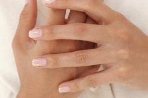 Can Supplements Promote Strong Nails?