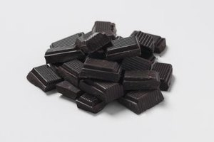What Is the Difference Between Baking Chocolate & Choco…