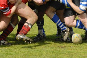 What Is the Difference Between Rugby Cleats & Football …