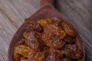Should Diabetics Not Eat Raisins or Dried Dates?