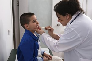 How to Prepare a Child for a Tonsillectomy