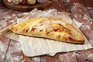 The Calories in a Calzone