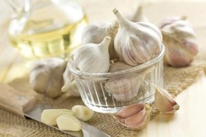 Effects of Too Much Garlic on the Body