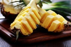 Do Pineapples Help With Bloating?