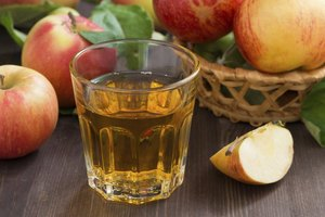 Benefits of Drinking Water With Apple Cider Vinegar