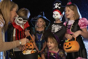 Nutritionists' Tips for Healthier Halloween Treats