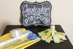 How to Make Cheerleader Pom-Poms