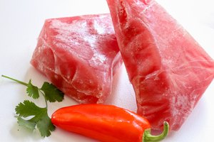 How to Cook a Frozen Ahi Tuna Steak in Minutes
