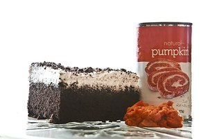 How to Bake With Canned Pumpkin Instead of Eggs & Oil