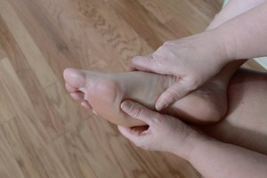 Exercises to Relieve Heel Pain From Bone Spurs