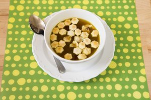 How to Use Bouillon Cubes to Make Chicken Broth