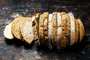 10 Easy Ways to Cut Bread From Your Diet