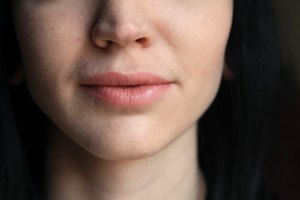 How to Wax Upper Lip at Home With Homemade Brown Sugar …