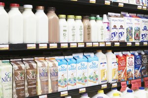 Which Type of Milk (or Nondairy Milk) Is Best? The PROs…