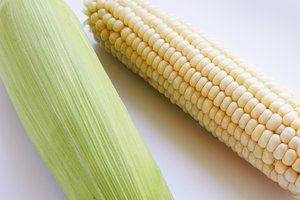 How to Cook Corn on the Cob on a Stovetop