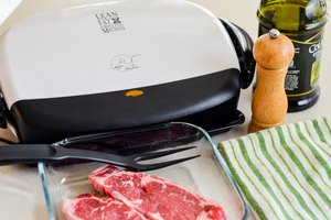How to Cook New York Strip Steaks on a George Foreman G…