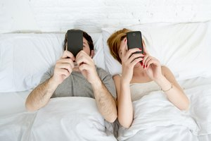 How to Talk to Your Partner About Their Smartphone Obse…