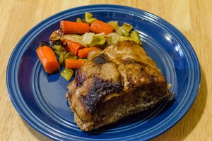 How to Cook Pork Roast in an Oven