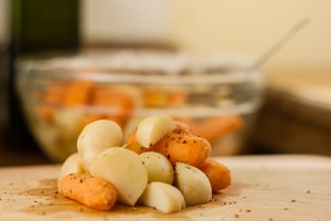 How to Cook New Potatoes & Carrots in the Microwave
