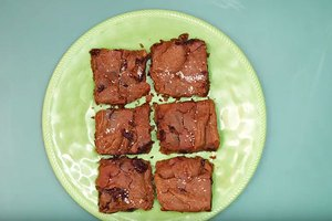 Decadent Gluten-Free Blondies With a Surprising Secret …